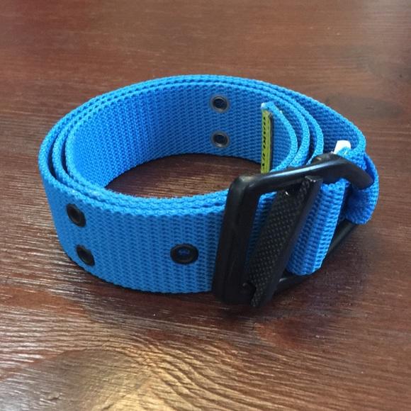 oakley blue belt